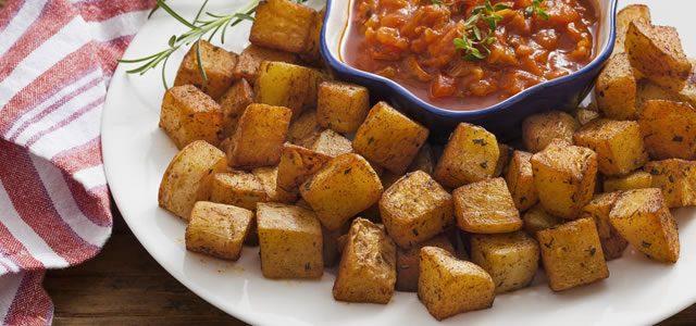 Batatas Bravas com Molho Picante