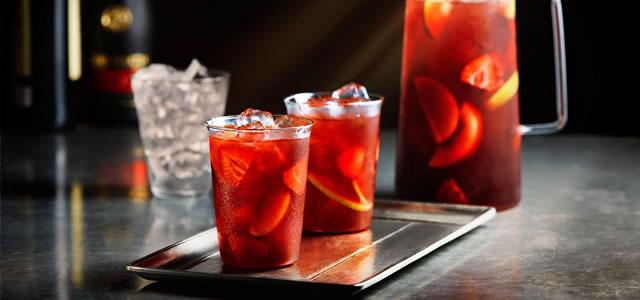 caita_supermercados_drinks_morango02