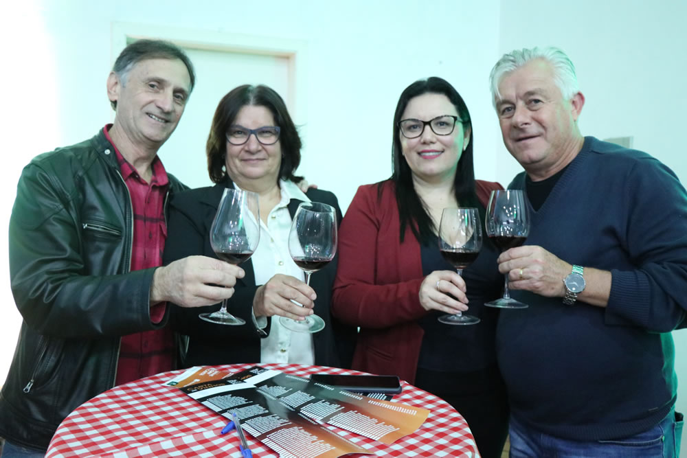 caita_supermercados_wineday_erechim_013